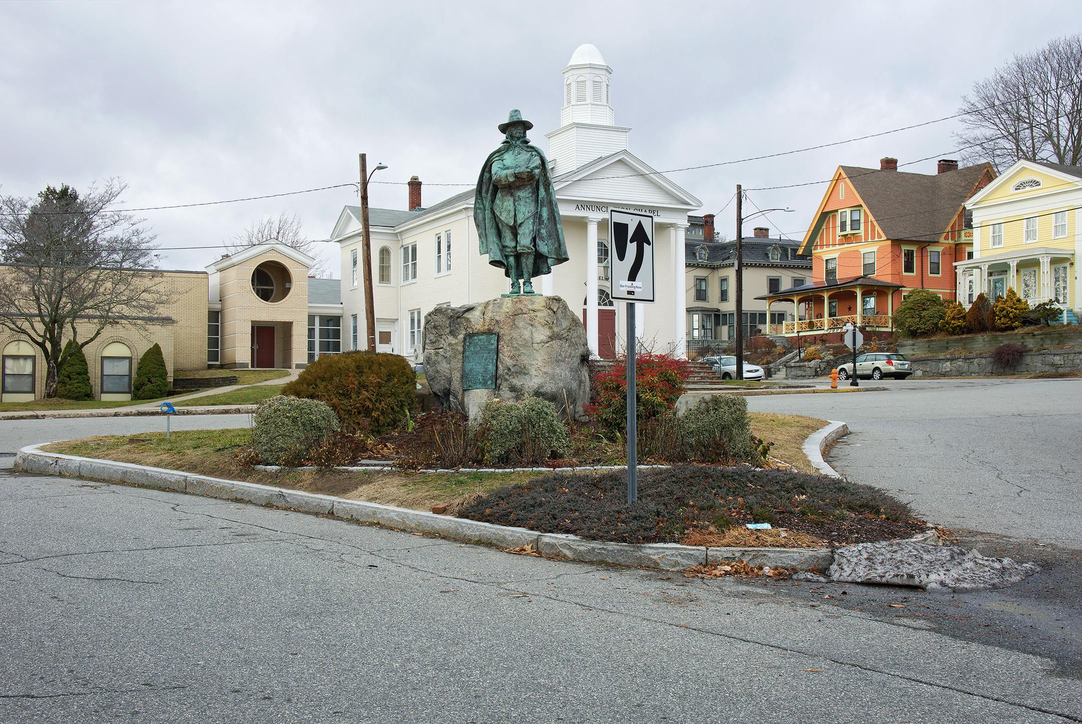 Ted Hendrickson, Winthrop Statue, New London, CT