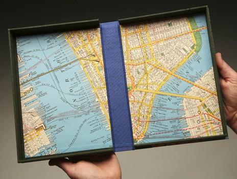 2C-04. Quarter cloth box open