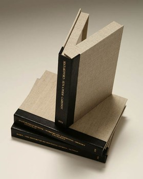 2L-05. Quarter leather boxes, flat spines