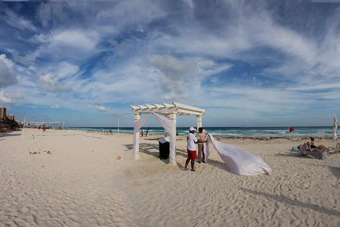 Wedding Canopy, Secrets The Vine Resort, Cancun