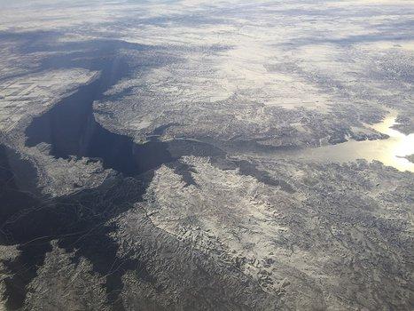 United flight 790 over S. Dakota & Missouri River