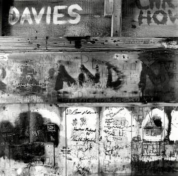 Boathouse Grafetti