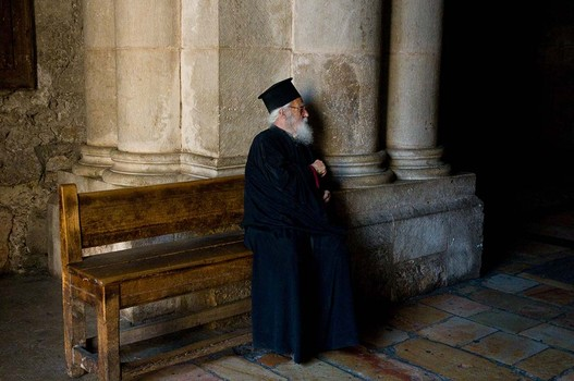 PRIEST [CHURCH OF HOLY SEPULCHRE]