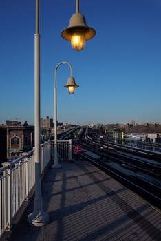 East Tremont Station