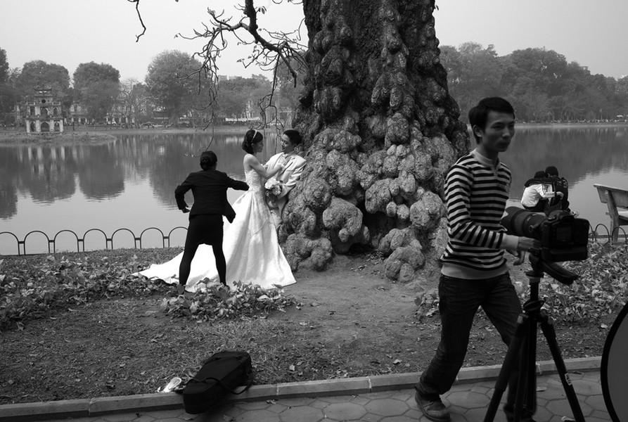 Wedding, Hoàn Kim Lake, Hanoi