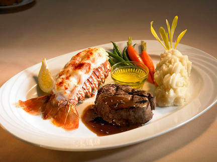Village Steak and Seafood, Hilton Hawaiian Village