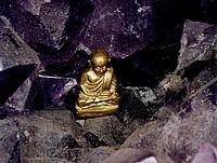 Buddha in amethyst