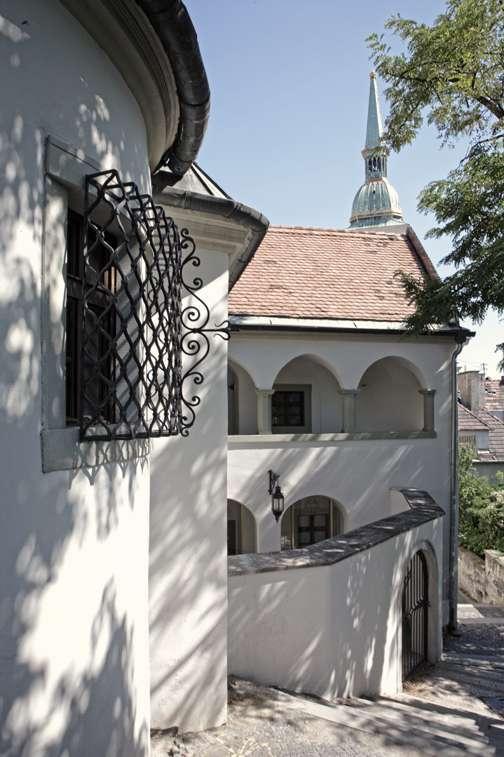 Lester Blum, Streets Of Bratislava