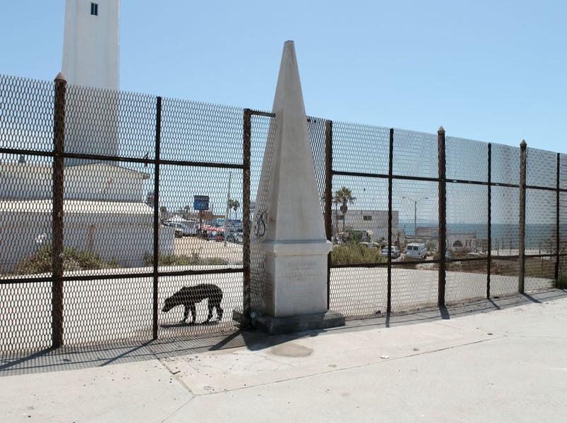 Border Monument No. 258